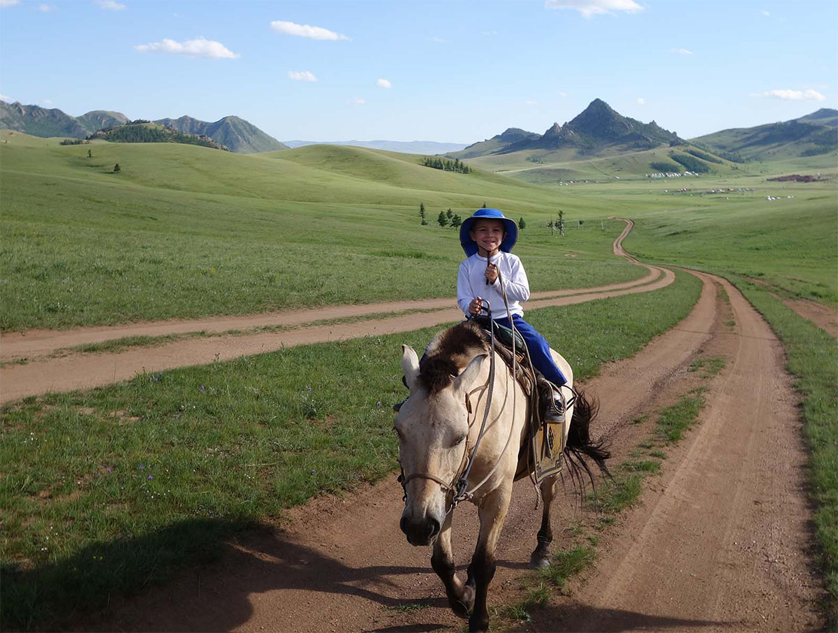 tourism mongolia Horseback mongolia provides a large range of tours and tailor made trips to make your travel to mongolia unforgettable .